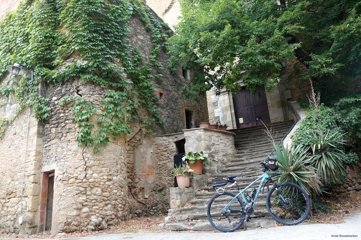 Fietsen van Figueres naar Girona: Op zoek naar Dalí!