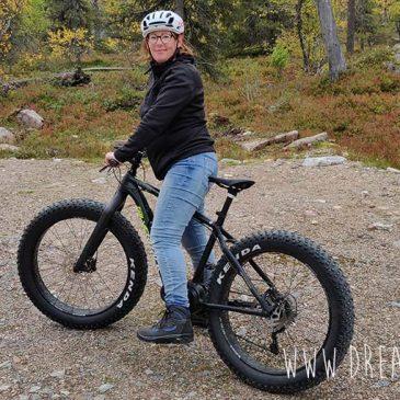 Fietsen op een fatbike in Finland